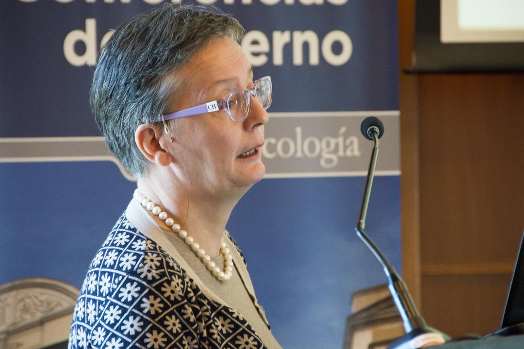 </p> <h2><b>Dra. Caterina Giannini</b></h2> <p>