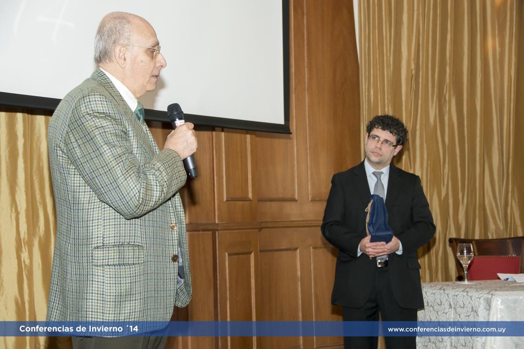 </p> <h2><b>Dr. Prof. Alberto Viola </b></h2> <p>