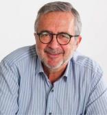 </p> <h2><b>Dr. Javier Benítez</b></h2> <p>